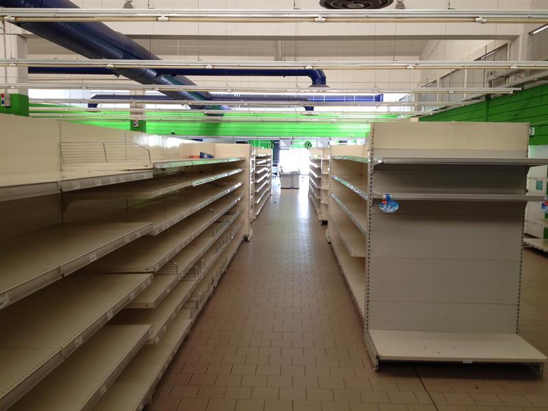 Scaffali X Supermercato.Scaffalatura Negozio Supermercato Attrezzature X